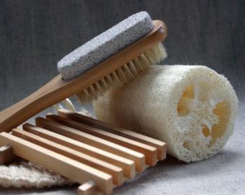 Как быстро почистить пятки от огрубевшей кожи