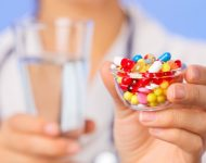 Миниатюра к статье Таблетки от запора у взрослых: список самых эффективных слабительных