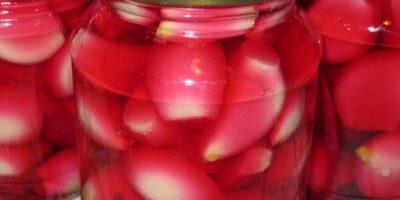 Миниатюра к статье Чесночная настойка от 100 болезней: выведет соли, очистит кровь