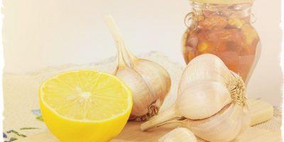 Миниатюра к статье Лимон и чеснок моментально очищают сосуды от тромбов и мусора
