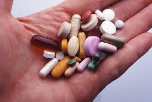 Миниатюра к статье Симптомы передозировки антидепрессантами и первая помощь