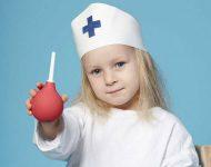 Миниатюра к статье Техника постановки очистительной клизмы ребенку