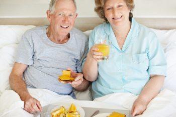 Диета при запорах у пожилых людей: меню