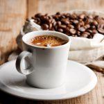 Почему кофе действует как слабительное