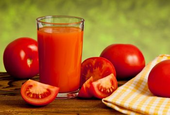 Вреден ли томатный сок для печени