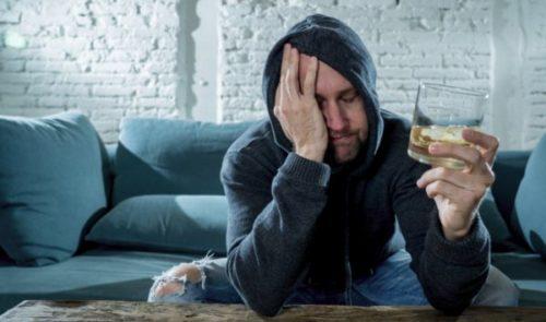 Миниатюра к статье Как быстро отрезветь от алкоголя – эффективные способы