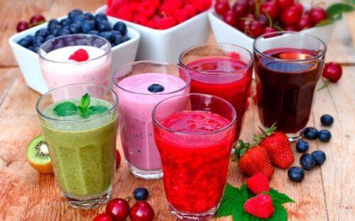 Миниатюра к статье Смузи для похудения и очищения организма: рецепты