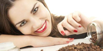 Миниатюра к статье Скраб из кофейной гущи для лица: рецепты, отзывы