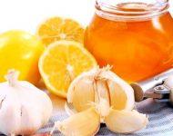 Миниатюра к статье Лучшие рецепты на основе имбиря, меда, чеснока и лимона для очищения сосудов