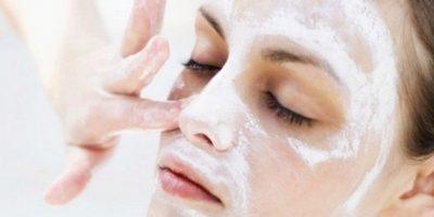 Миниатюра к статье Чистка лица с пеной для бритья и содой, скрабы и маски