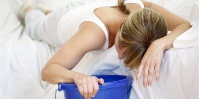 Миниатюра к статье Отравление краской и ее парами: причины, симптомы, лечение